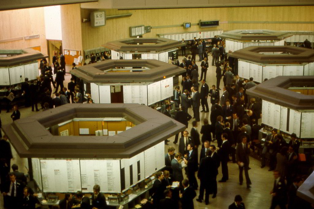London Stock Exchange, 1975